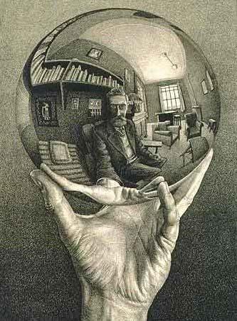 Mano con esfera reflectante - 1.935
